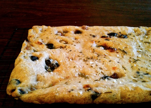 Gluten-Free, Dairy-Free, Egg-Free Sun-Dried Tomato and Olive Focaccia