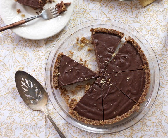 Paleo, Gluten-Free Chocolate Pie with Raw Graham Cracker Crust